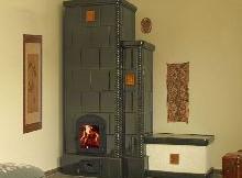 slika kaljeve peći u dnevnoj sobi