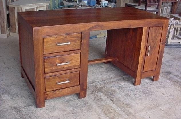 radni stolovi od punog drveta