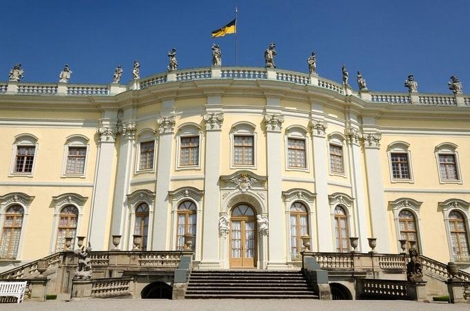 barokna fasada na ygradi